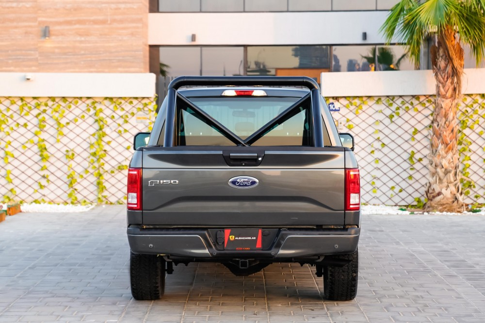 buy second hand Ford F-150 XLT in Dubai