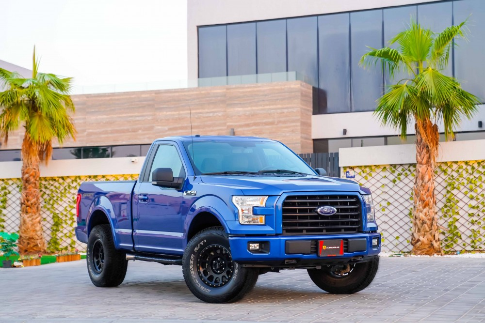 buy pre-owned Ford F-150 XLT without downpayment