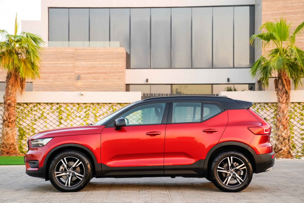 buy used Volvo XC40 R-Design without downpayment
