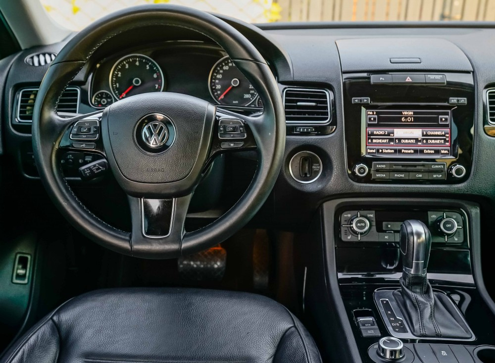 buy certified Volkswagen Touareg without downpayment