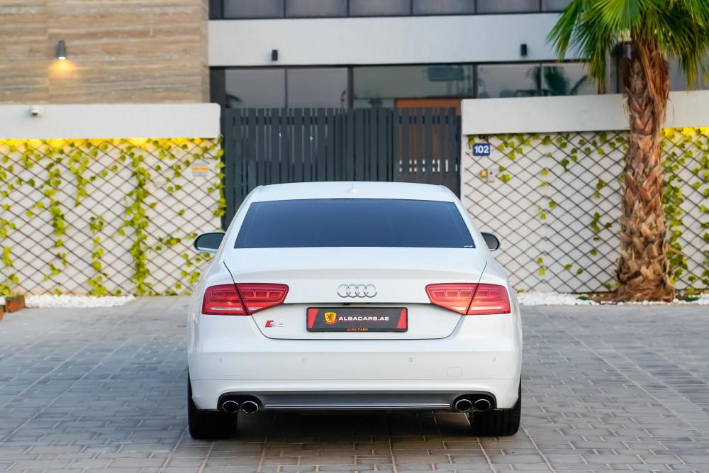 buy slightly used Audi S8 4.0TC V8 without downpayment