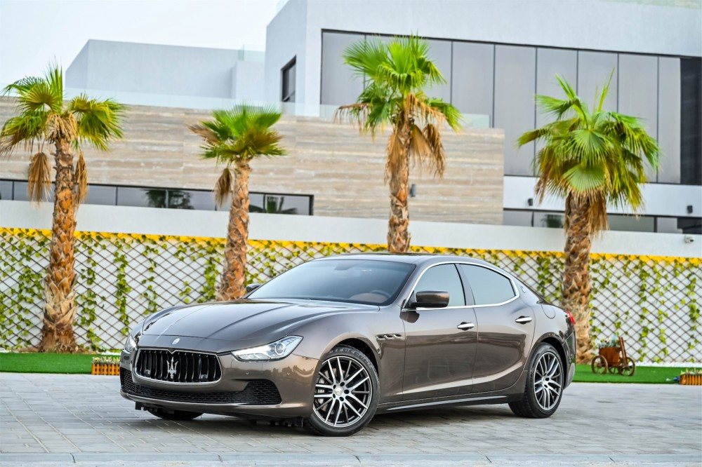 buy approved Maserati Ghibli with warranty