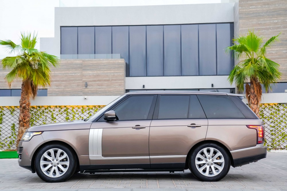 buy second hand Range Rover HSE with warranty
