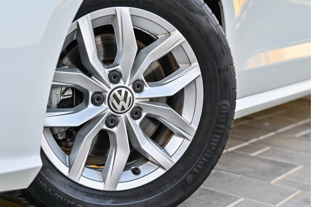 buy approved Volkswagen Passat without downpayment