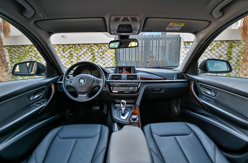 buy used BMW 318i without downpayment