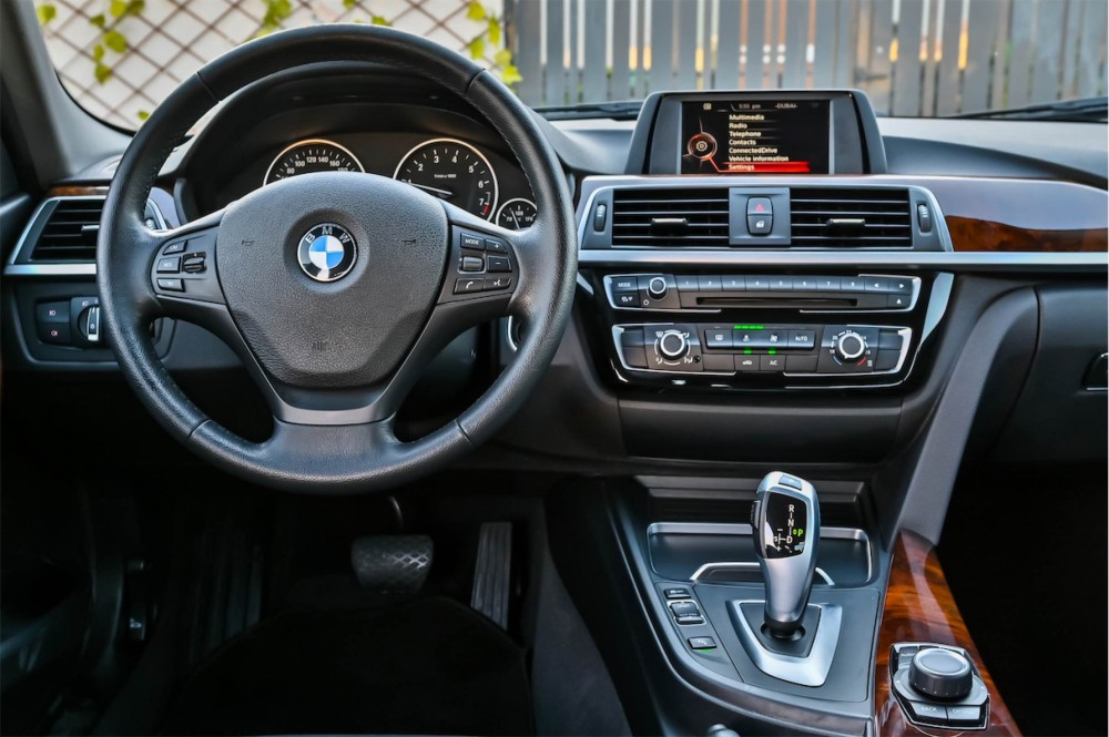 buy certified BMW 318i without downpayment