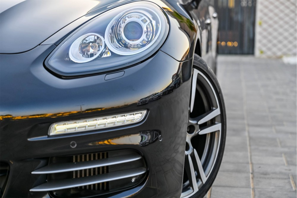 buy pre-owned Porsche Panamera 4S without downpayment