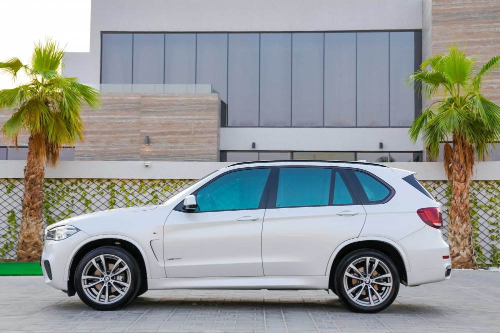 buy slightly used BMW X5 M-Sport without downpayment