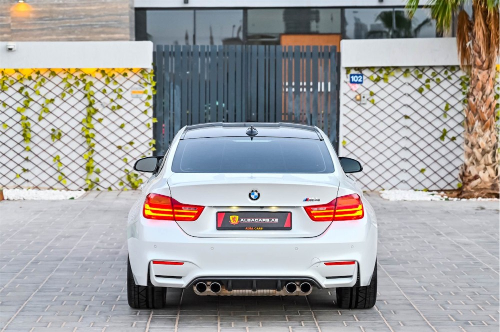 buy approved BMW M4 in Dubai