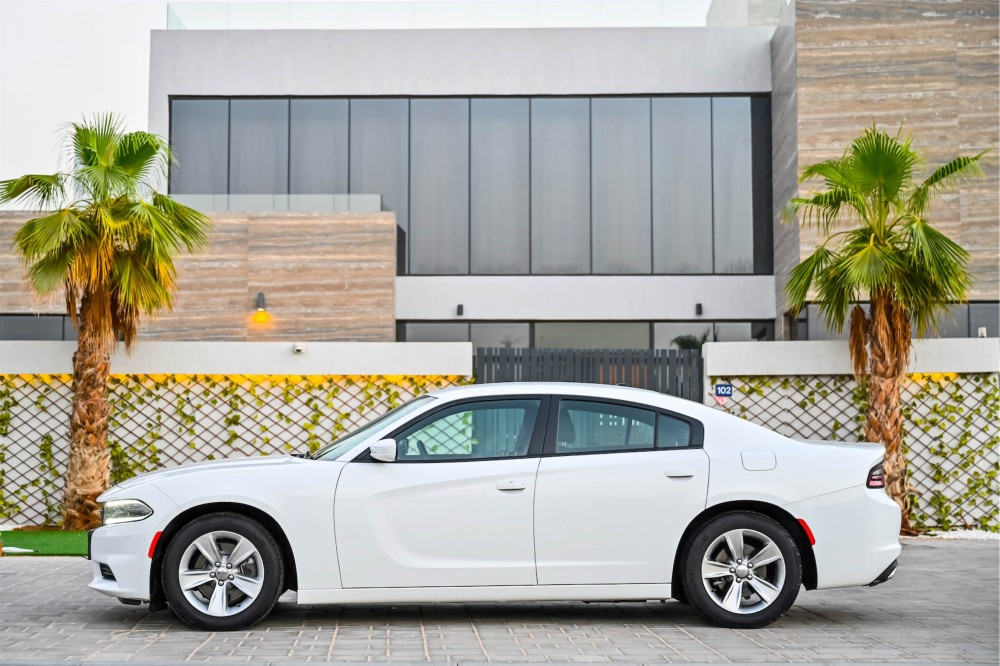 buy pre-owned Dodge Charger SXT with warranty