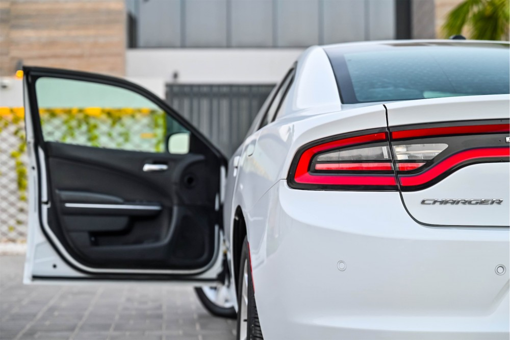 buy pre-owned Dodge Charger SXT in UAE
