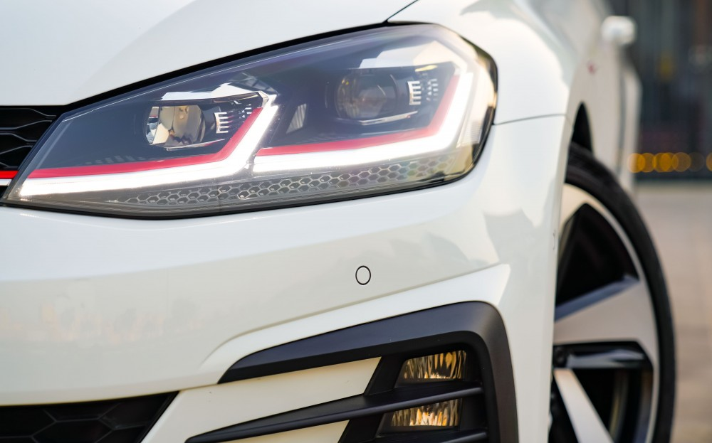buy used Volkswagen Golf GTI without downpayment
