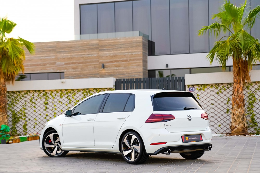 buy pre-owned Volkswagen Golf GTI without downpayment