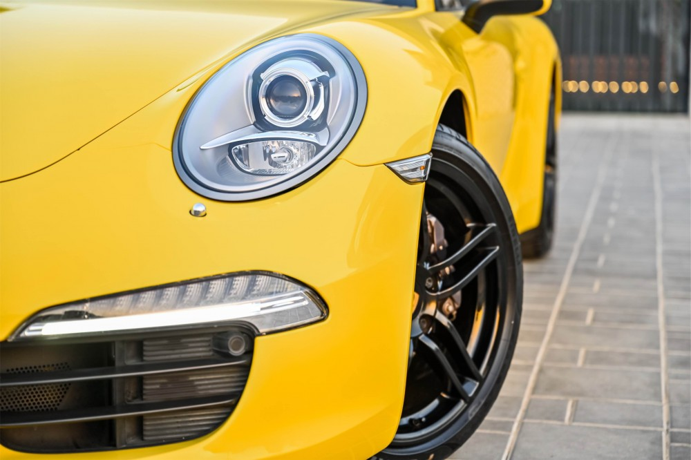 buy used Porsche 911 Carrera 3.4L F6 without downpayment