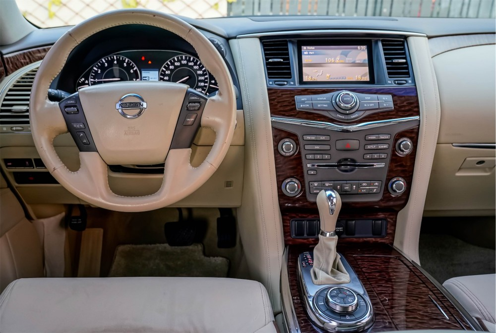 buy pre-owned Nissan Patrol SE without downpayment