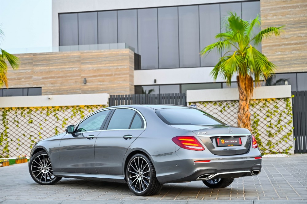 buy slightly used Mercedes-Benz E300 with warranty
