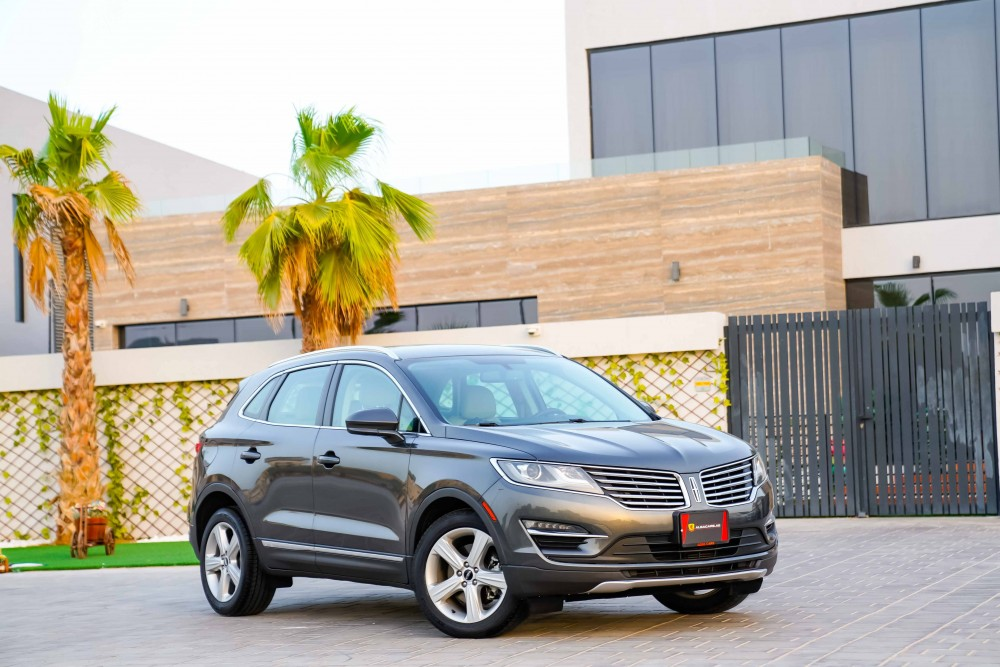 buy pre-owned Lincoln MKC 2.0L Ecoboost without downpayment