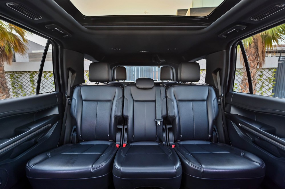 buy certified Ford Expedition XLT Ecoboost in Dubai