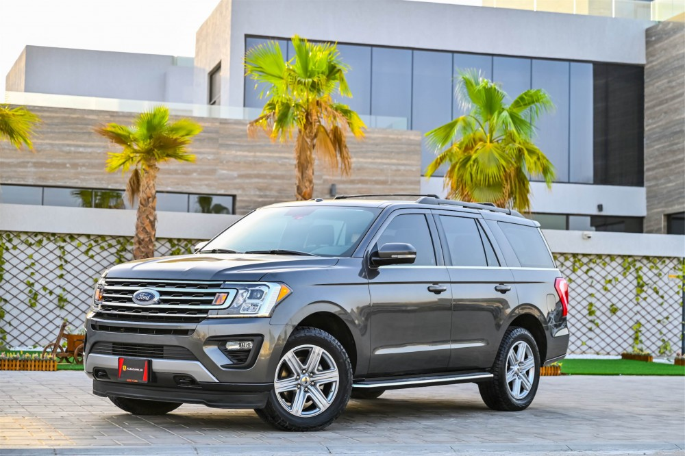 buy second hand Ford Expedition XLT Ecoboost with warranty