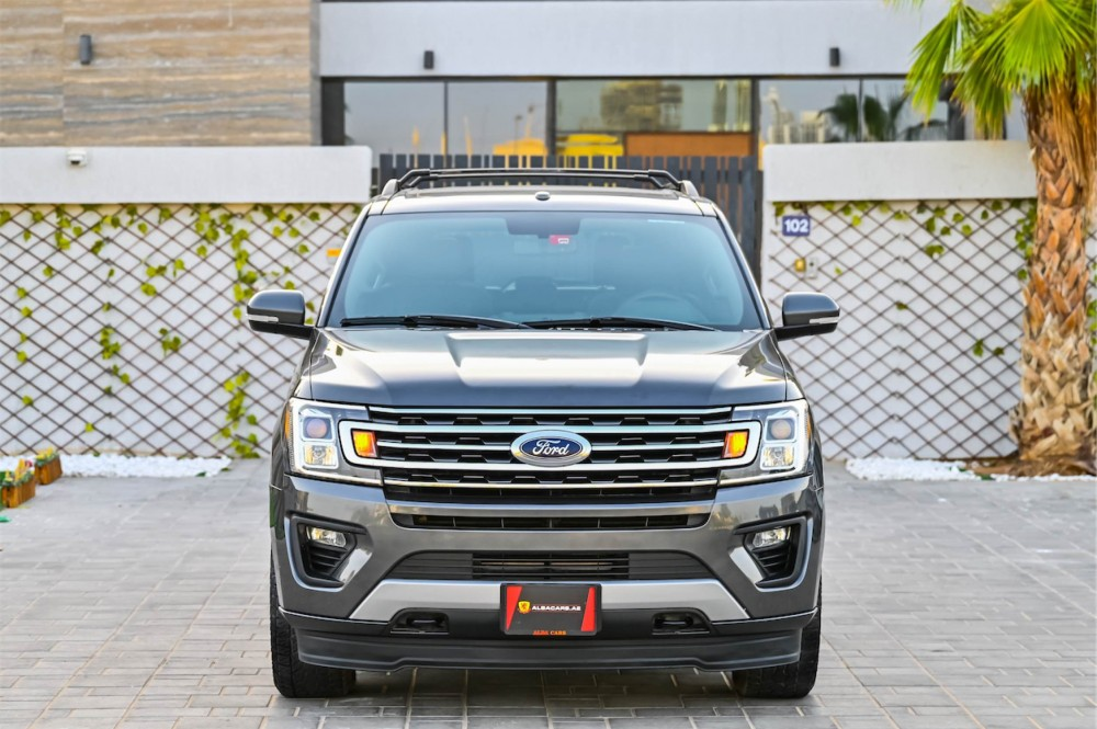 buy used Ford Expedition XLT Ecoboost in Dubai
