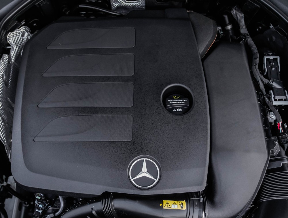 buy slightly used Mercedes-Benz E200 Coupe in Dubai