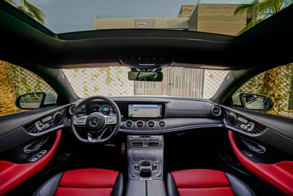 buy second hand Mercedes-Benz E200 Coupe without downpayment