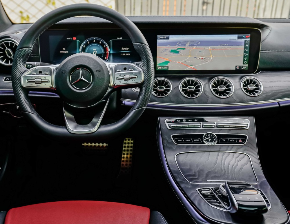 buy pre-owned Mercedes-Benz E200 Coupe with warranty