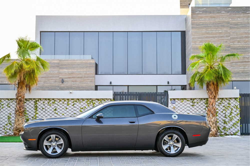 buy second hand Dodge Challenger with warranty