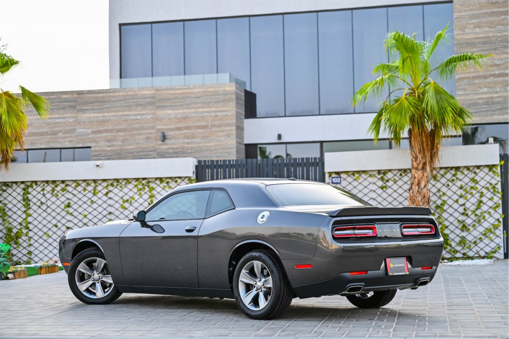 buy approved Dodge Challenger in UAE