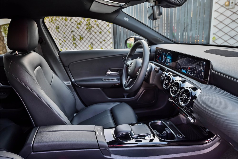 buy approved Mercedes-Benz A200 in Dubai