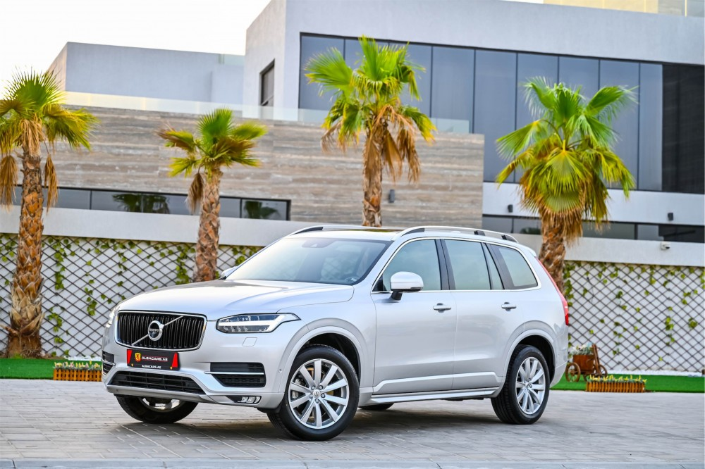 buy approved Volvo XC90 T6 Momentum with warranty