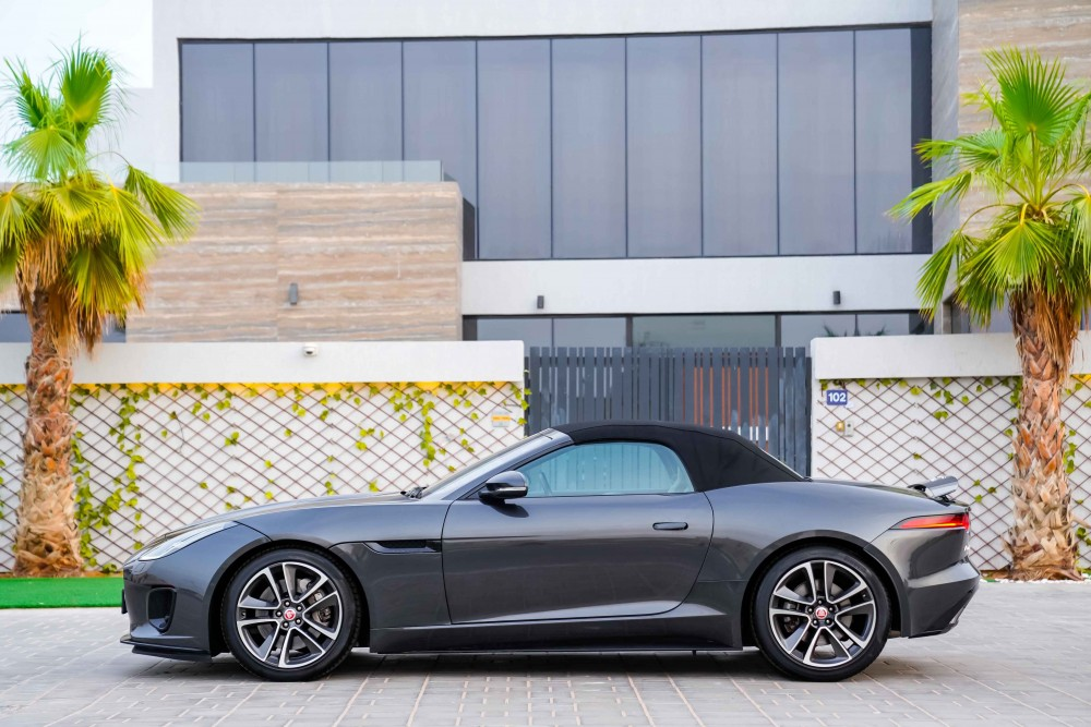buy second hand Jaguar F-Type - R Dynamic without downpayment