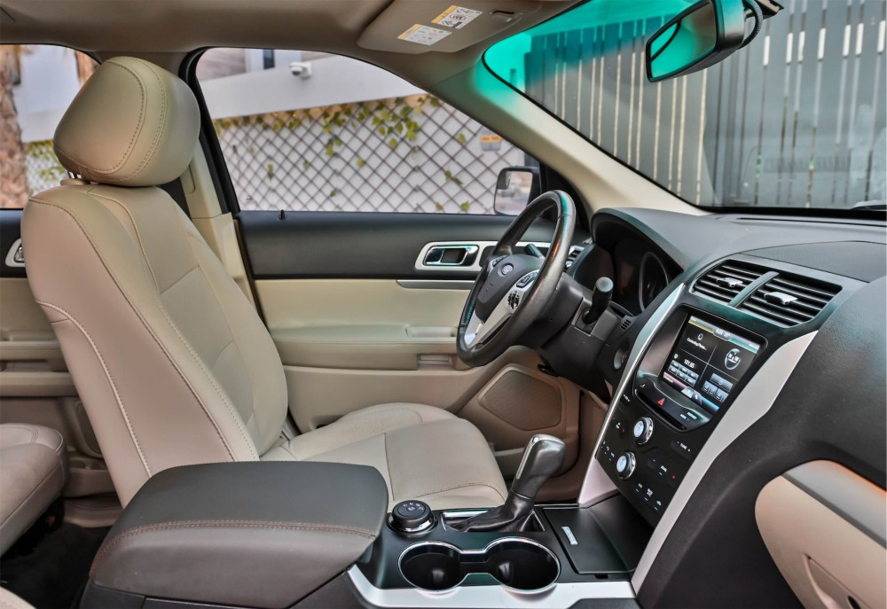 buy certified Ford Explorer XLT without downpayment