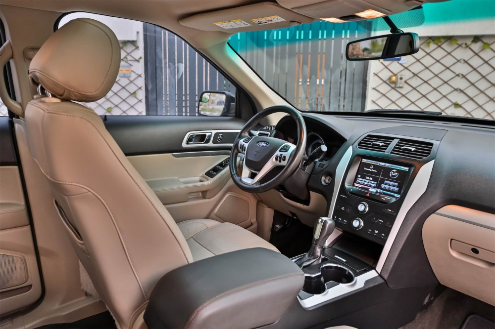 buy approved Ford Explorer XLT without downpayment