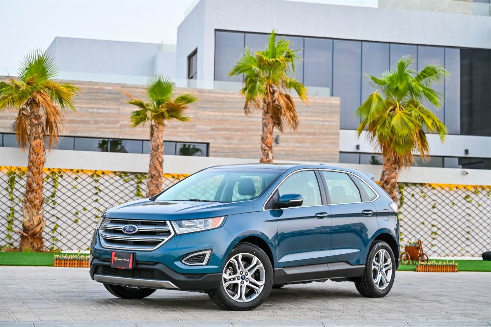 buy approved Ford Edge Titanium V6 without downpayment