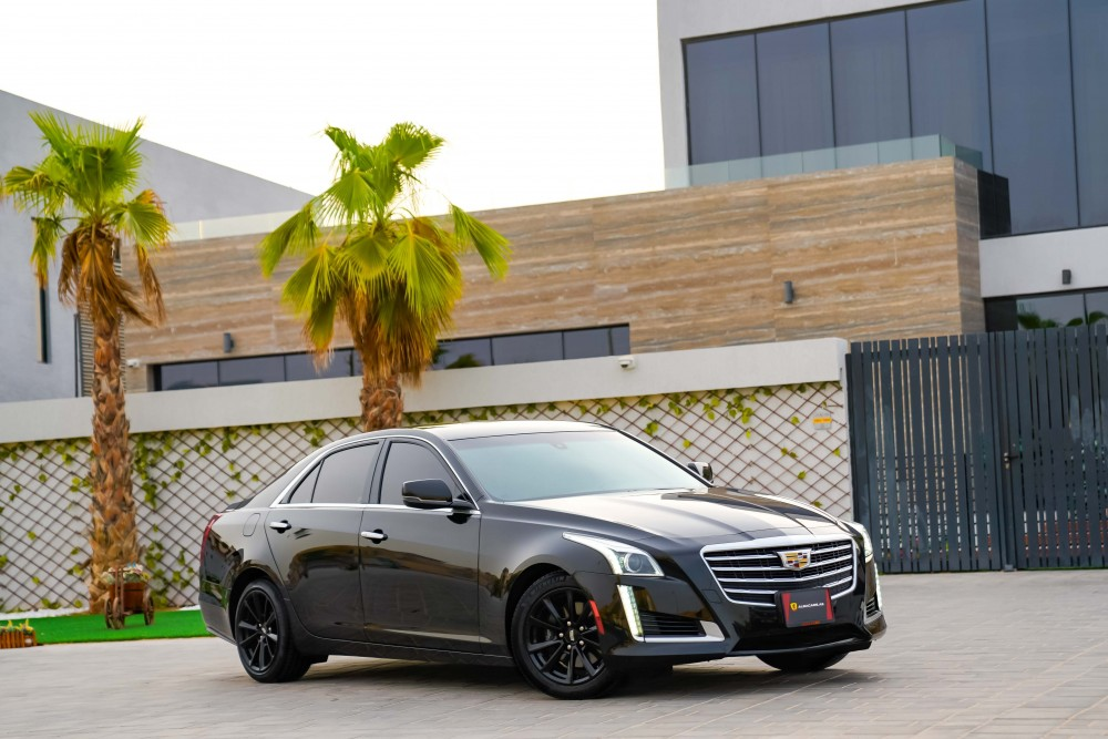 buy certified Cadillac CTS in UAE