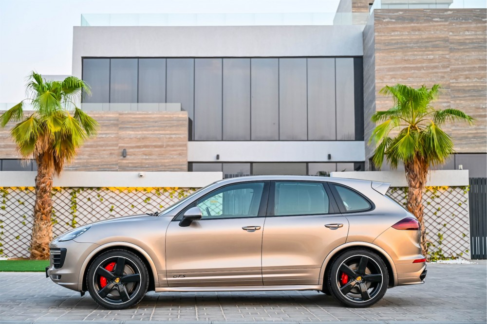 buy pre-owned Porsche Cayenne GTS with warranty