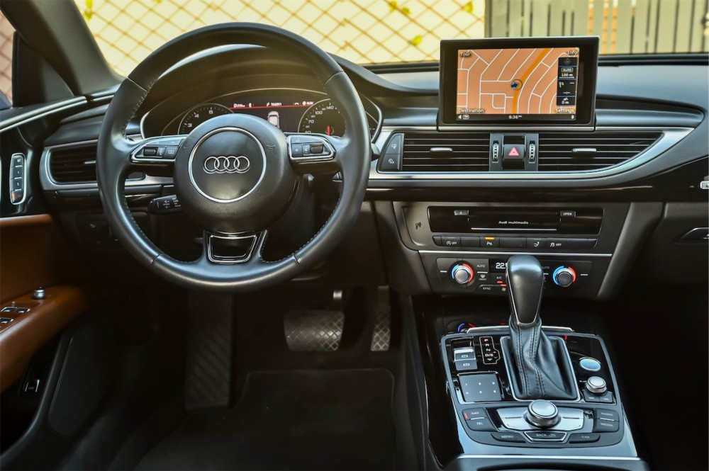 buy slightly used Audi A7 S-Line New Shape in UAE