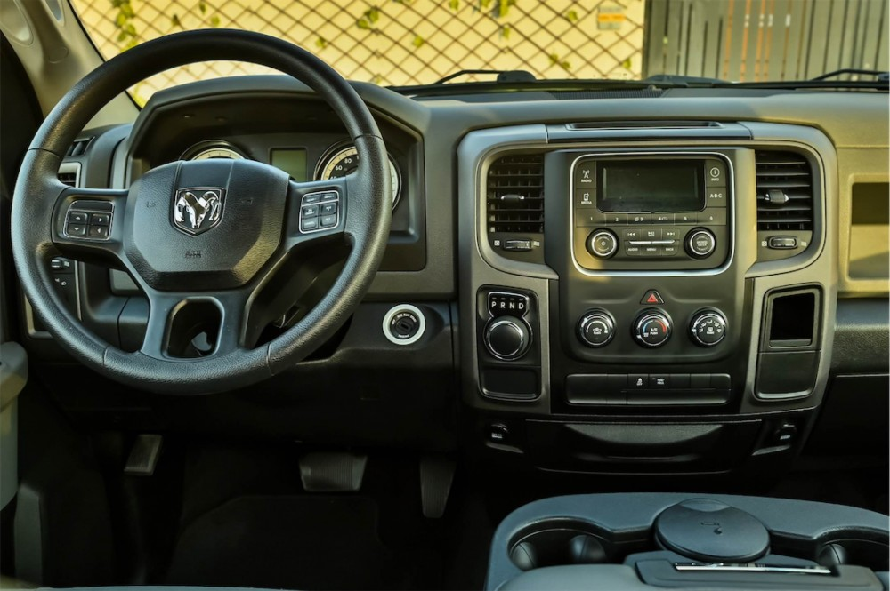 buy second hand Dodge Ram 5.7L V8 with warranty