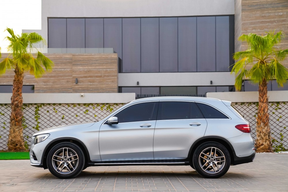 buy approved Mercedes-Benz GLC250 with warranty