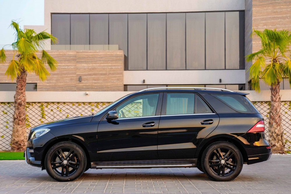 buy pre-owned Mercedes Benz ML-400 AMG line with warranty