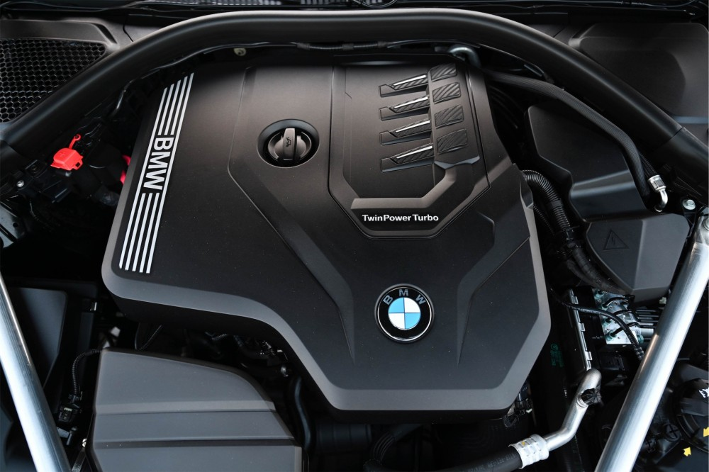 buy pre-owned BRAND NEW BMW 420i M Sport without downpayment