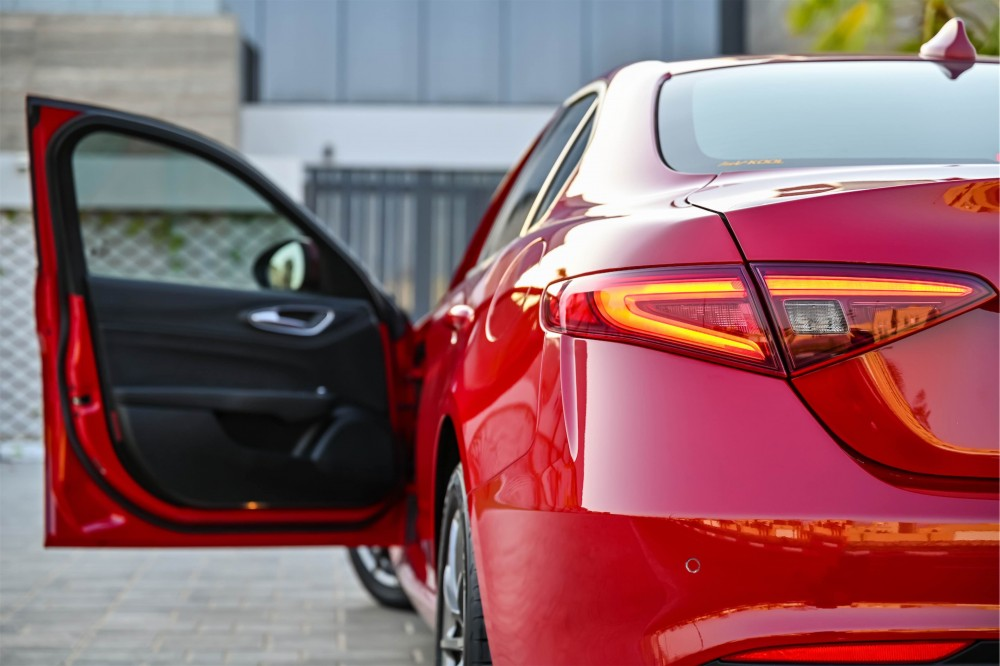 buy certified Alfa Romeo Giulia without downpayment