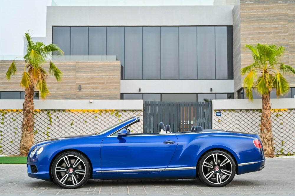 buy second hand Bentley Continental GTC 4.0L Twin Turbo with warranty