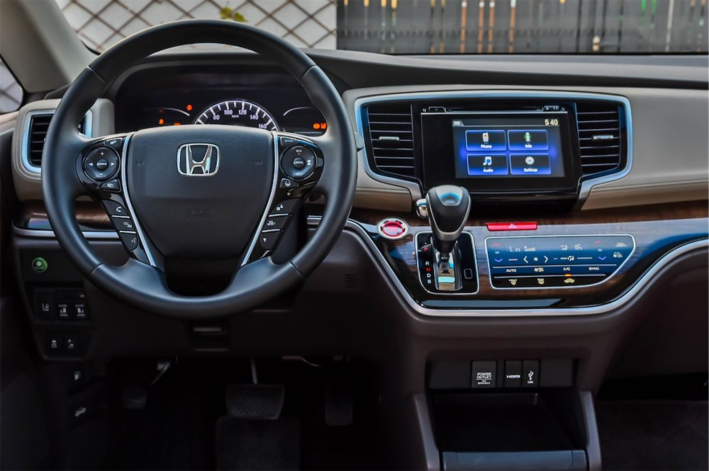 buy second hand Honda Odyssey J without downpayment