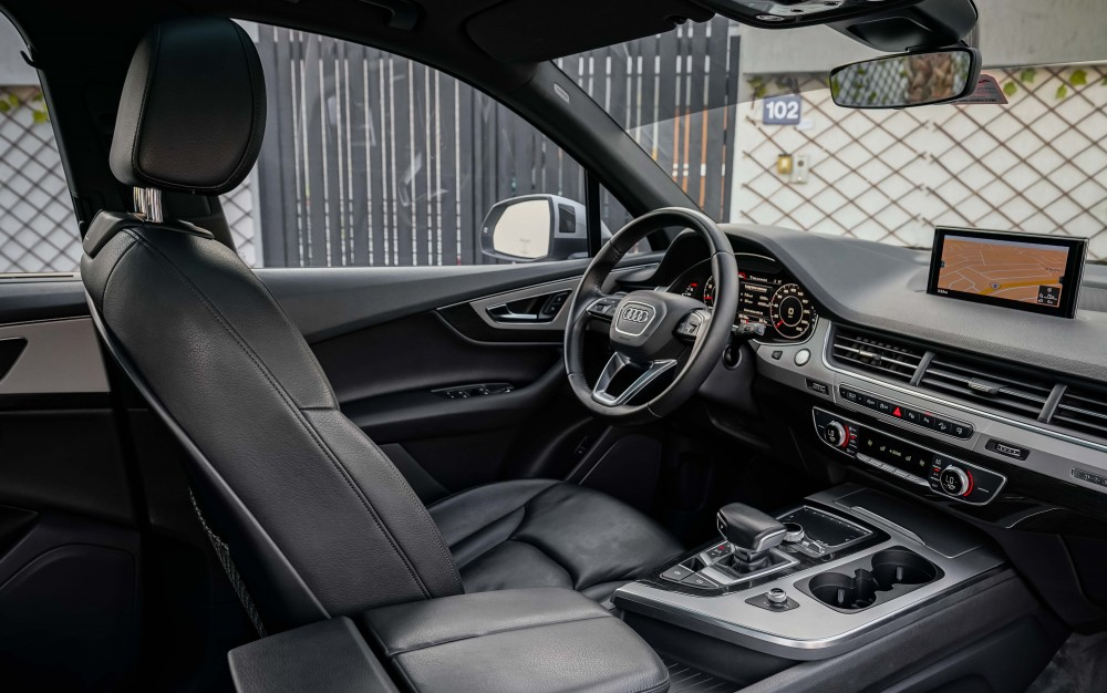 buy second hand Audi Q7 45TFSI Quattro without downpayment