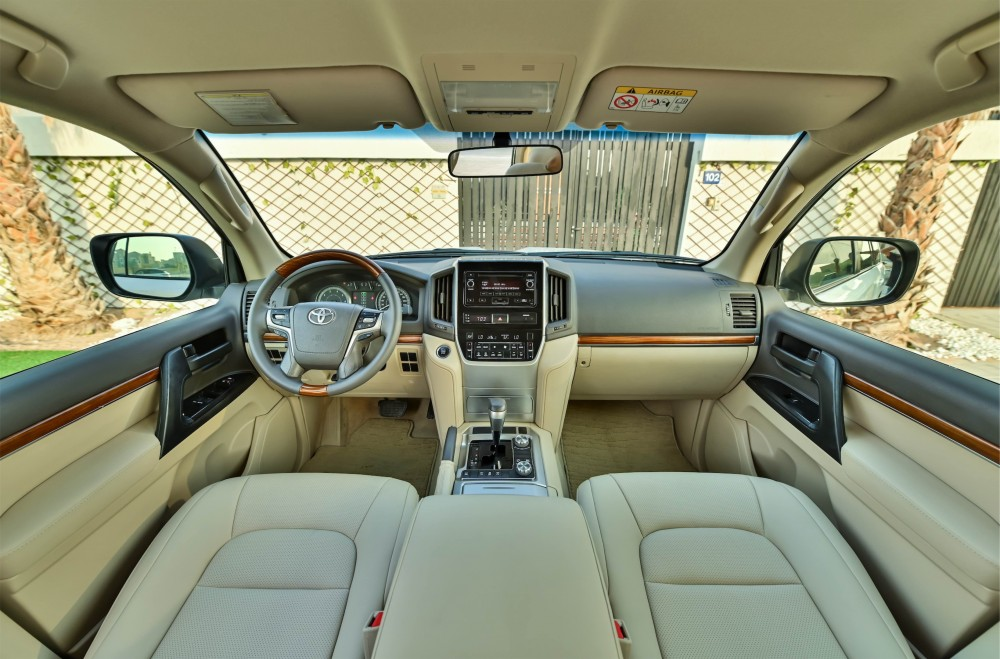 buy pre-owned Toyota Land Cruiser GX-R with warranty