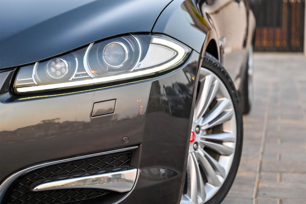 buy approved Jaguar XF Supercharged in Dubai