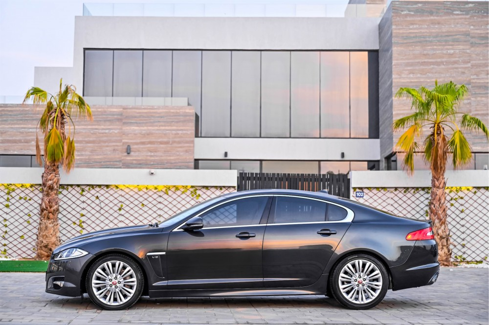 buy slightly used Jaguar XF Supercharged without downpayment