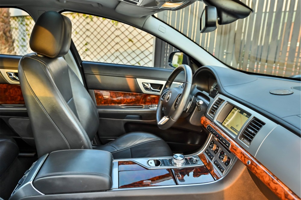 buy second hand Jaguar XF Supercharged without downpayment